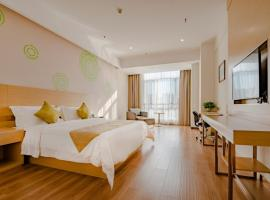 GreenTree Inn Taian High-speed Railway Station Lingshan Avenue Business Hotel, hotell i Tai'an