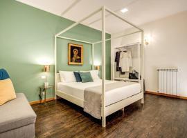Casa Hosteno, hotel near San Gregorio Armeno, Naples