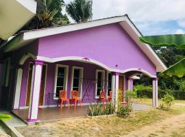 D'BERJAYA HOMESTAY & ROOMSTAY, villa in Pantai Cenang
