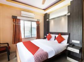 OYO 66087 Houseboat Kerala 7bhk Cruise、アレッピーのホテル