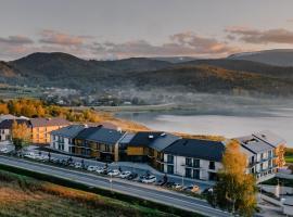 Lake Hill Resort & Spa, hotel in Sosnówka