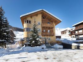 "Hotel ""La Suisse"", hotel v Livignu"