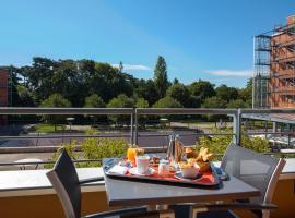 Crowne Plaza Lyon – Cité Internationale, an IHG Hotel, hôtel à Lyon près de: Centre de congrès de Lyon