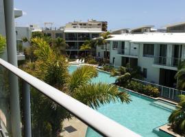 Sand Dunes Resort Accommodation, hotel near Sunshine Coast Maroochydore Airport - MCY,