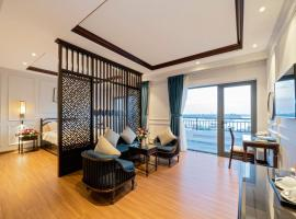 Eco Lux Riverside Hotel & Spa, hotel in Hoi An