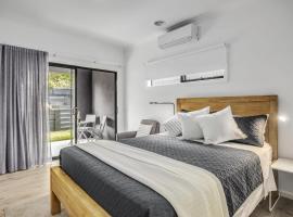 Ocean Sounds Studio: Quiet and beach, hotel in Blairgowrie