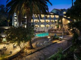 Holiday Inn Resort - Catalina Island, golf hotel in Avalon