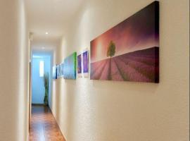 Mijostel Art, habitación en casa particular en Madrid