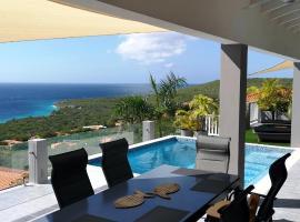 Great View Villa Galant Curaçao, villa in Willibrordus