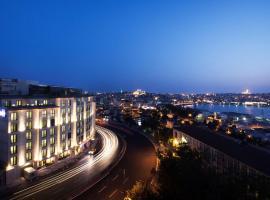 Radisson Blu Hotel Istanbul Pera, hotel a Istanbul