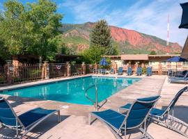 Best Western Antlers, accessible hotel in Glenwood Springs