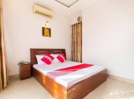 OYO 631 Long Phụng Hoàng Hotel, hotel in Ho Chi Minh City