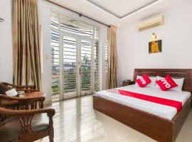 OYO 631 Long Phụng Hoàng Hotel, hotel near Giac Lam Pagoda, Ho Chi Minh City
