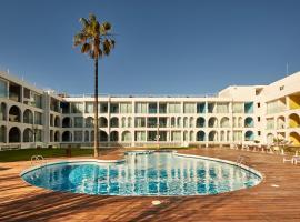 Ebano Hotel Apartments & Spa, hotel near Aguamar Water Park, Playa d'en Bossa
