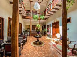 Santa Lucia House - Forum, hotel in Cuenca
