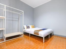 SPOT ON 2281 Omajo, hotel in Semarang