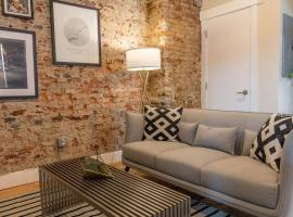 Modern & Cozy Philly Apartment - Perfect Location!, apartment in Philadelphia