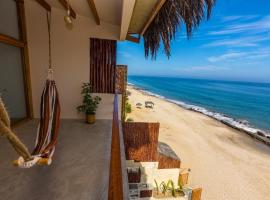 Kahuna Penthouse Cancas, apartment in Canoas De Punta Sal