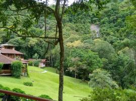 Pousada Tijupá, hotel in Visconde De Maua