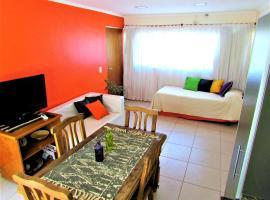 Desconfinate en Mendoza, departamento Domaine Laborde, hotel near Governor Francisco Gabrielli International Airport - MDZ,