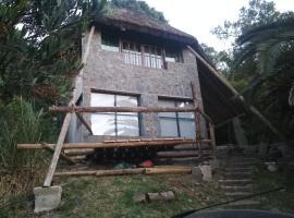 QinLing en playa hermosa y playa verde, cabin in Piriápolis