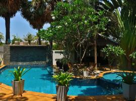 Private Garden Villa With Swimming Pool & kitchen, apartment in Siem Reap