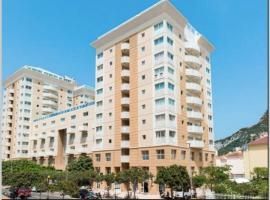 1 Bedroom Apartment Rooftop Pool, hotel in Gibraltar