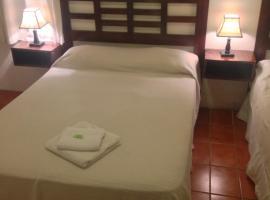 Hotel Colonial, hotel in Maldonado