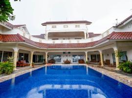 OYO 2359 Bayfront Karnadia, hotel in Jepara