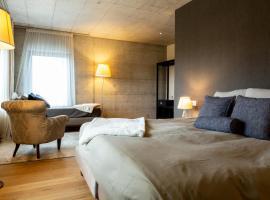 Hotel de l'Ours Preles, hôtel à Prêles