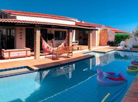 Casa Piscina Branca, hotel with pools in Touros