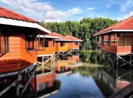 gayang friendly water house homestay, homestay in Kota Kinabalu