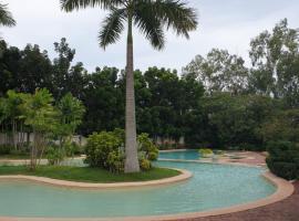 714 Minimalistic Flat at Sotogrande, hotel near Mactan Cebu International Airport - CEB, Mactan