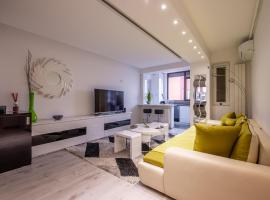 Luxury Two Room Apartment Residence Militari M3, hotel near Fashion House Outlet Center, Bucharest