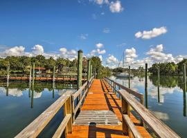 Crystal River House with Access to Dock, Gulf 7 Mi!, holiday home in Crystal River