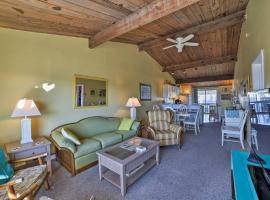 Spacious Atlantic Beach Duplex - Mins From Ocean!, hotel in Atlantic Beach
