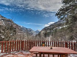 Home with San Juan Mountain Views-2 miles to Ouray!, family hotel in Ouray