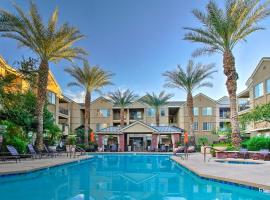 Condo with Resort-Style Amenities Less Than 5 Mi to Dtwn PHX!, resort in Phoenix
