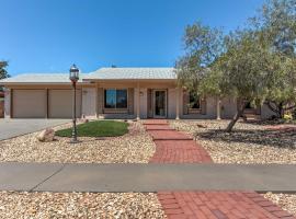 El Paso Smart House with Backyard-12 Mi to Downtown, vacation rental in El Paso
