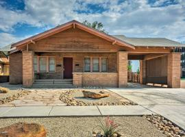 Central Home 1 Mi to Texas Tech & by Dtwn Lubbock, vacation rental in Lubbock