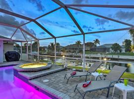 Cape Coral Canal Home with Dock and Pool - Near Gulf!, Hotel mit Whirlpools in Cape Coral