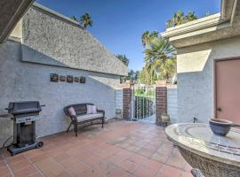 Condo with Pool Access, Mins to Downtown Palm Springs, hotel in Cathedral City