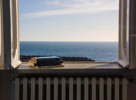 Dimore Santojanni - La Casa sul Porto, villa in Maratea