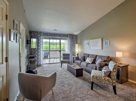Updated Branson Condo, 3 Mi to Table Rock Lake!, villa in Branson