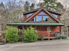 Smoky Mtn Cabin Less Than 2Mi to The Island in Pigeon Forge, vacation rental in Pigeon Forge