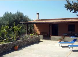 Villetta Fenosa, pet-friendly hotel in Marina di Camerota