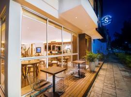 Seasalter Maldives، فندق في هولهومالي