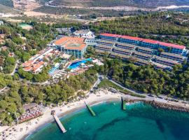 Pine Bay Holiday Resort, hotel near Aqua Adaland Park, Kuşadası
