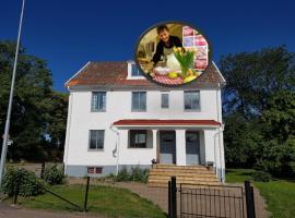 Bo i Grästorp i Snickaren, hostel in Grästorp
