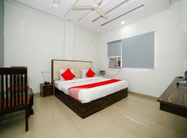 OYO 29773 C P Palace, room in Jhānsi